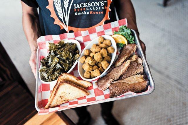 Dining_Review_JacksonsBeer_Briscit_FURGPHOTO_rp0817.jpg