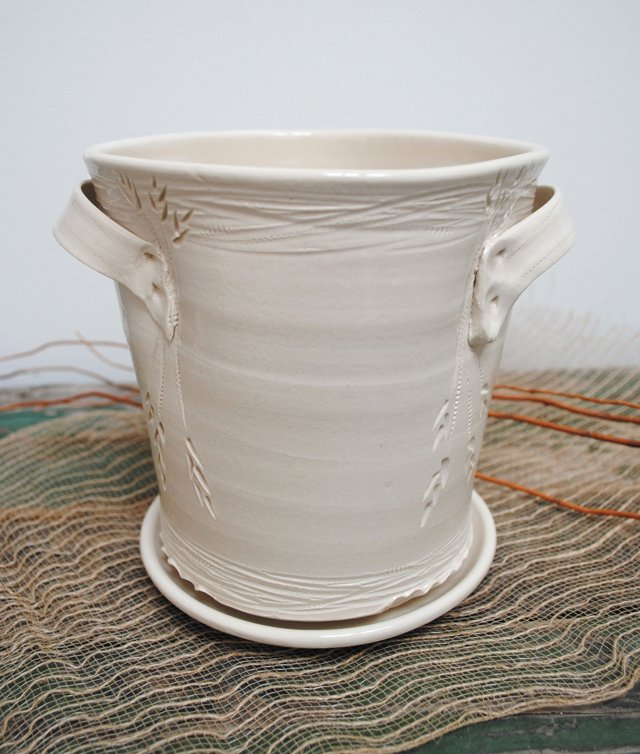 A&E_Q&A_Makers_Market_Claire_Parrish_Pottery_COURTESY_MAKERS_MARKET_rp0817.jpg