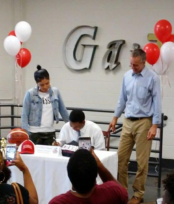 Dupree Signing