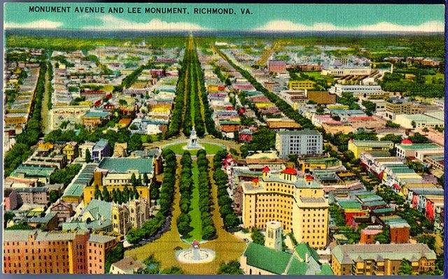 Postcard_Monument_Avenue_Aerial.jpg