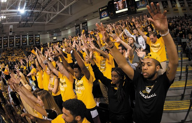 b&w_news&media_vcubasketball_provided_rp0817.jpg