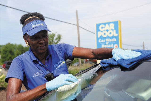best_worst_shopping_services_car_pool_JAY_PAUL_rp0817.jpg