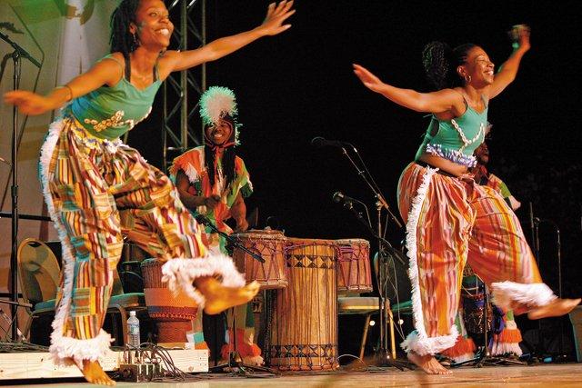 best_worst_art_RichmondFolkFestival_AfricanDancers_COURTESY_rp0817.jpg