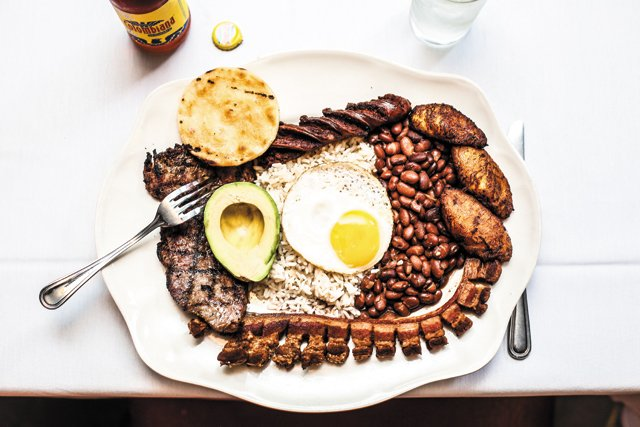 Dining_Feature_MIJAS_Eggs_JUSTIN_CHESNEY_rp0917.jpg