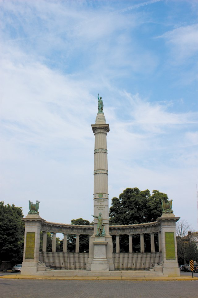 local_flashback_Jefferson_Davis_monument_MEGAN_IRWIN_rp0917.jpg