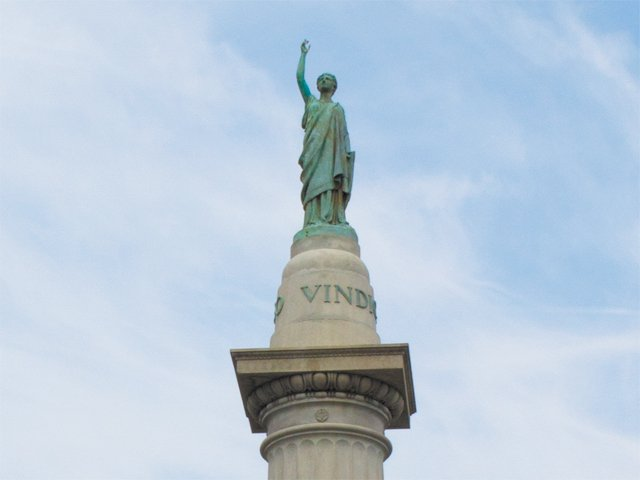 local_flashback_Jefferson_Davis_monument_MEGAN_IRWIN_rp0917-teaser.jpg