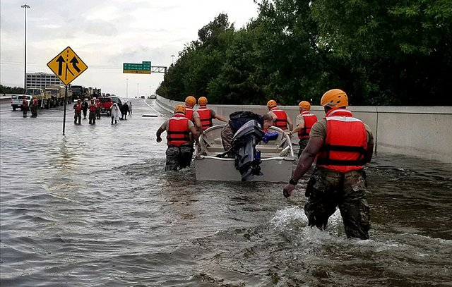 800px-Texas_Army_National_Guard_Hurricane_Harvey_Response.jpg