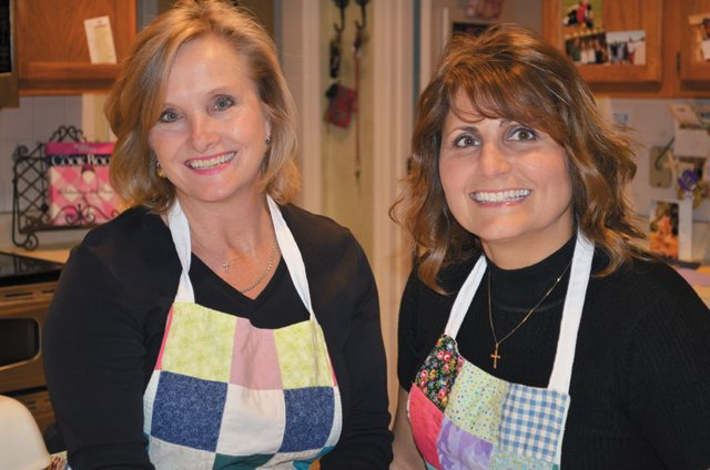 Dining_Feature_ReneeAndPatty_COURTESY_RVATRADITIONS_rp1017.jpg