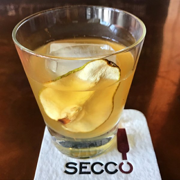 lesser-gods-cocktail_courtesy-secco-wine-bar.jpg