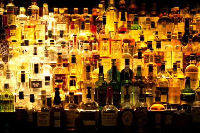 liquor-bottles_ThinkstockPhotos-504575366.jpg