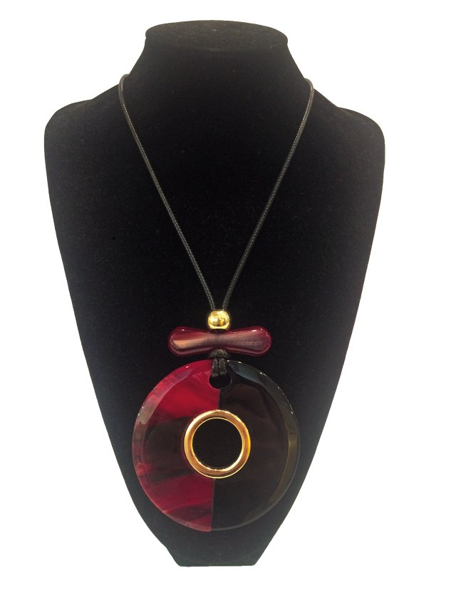 carytown_gift_guide_fashion_necklace_LEXS_rp1117.jpg