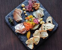 Feature_BestRestaurants_Heritage_HousemadeCharcuterie2_AshDaniel_rp1117.jpg