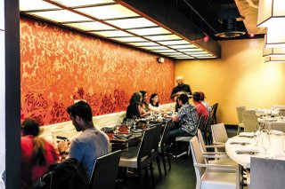 Feature_BestRestaurants_Lehja_Interior_JustinChesney_rp1117.jpg