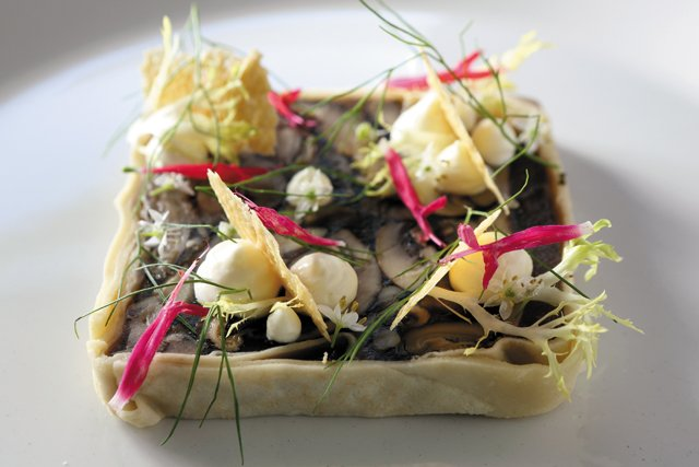 Feature_BestRestaurants_Metzger_MushroomTerrine_JayPaul_rp1117.jpg