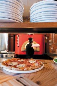 Feature_BestRestaurants_NoteBene_Interior,Kitchen_BethFurgurson_fromReview0616_rp1117.jpg