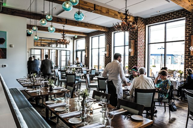 Feature_BestRestaurants_Shagbark_Interior_JustinChesney_rp1117.jpg
