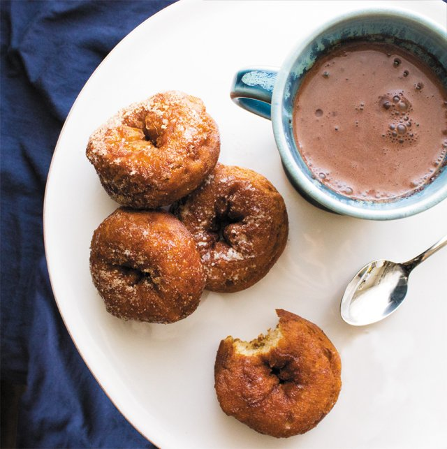 Dining_FiveFaves_CiderDonuts_GearhartsCoco_USEONLINE_rp1217.jpg