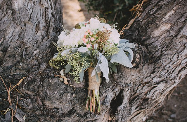 wedding-bouquet_unsplash-austin-prock-48954.jpg