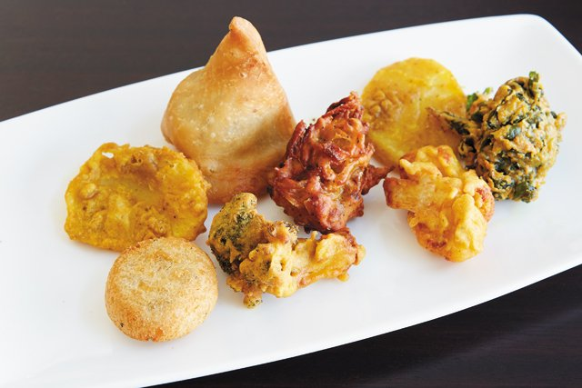 Dining_Review_Tulsi_-Pakoras_SARAH_WALOR_rp0118.jpg