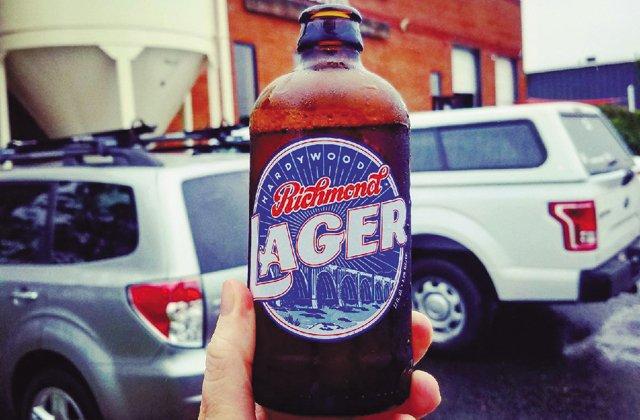 Dining_beer-sherpa_Hardywood_Lager_ROBEY_MARTIN_rp1217_teaser.jpg