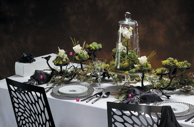 bride-black-and-white-tablescape_jeff-saxman_teaser.jpg