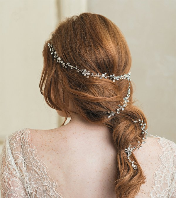 A-List_headpiece_COURTESY_BEL_AIRE_BRIDAL_bp1217.jpg