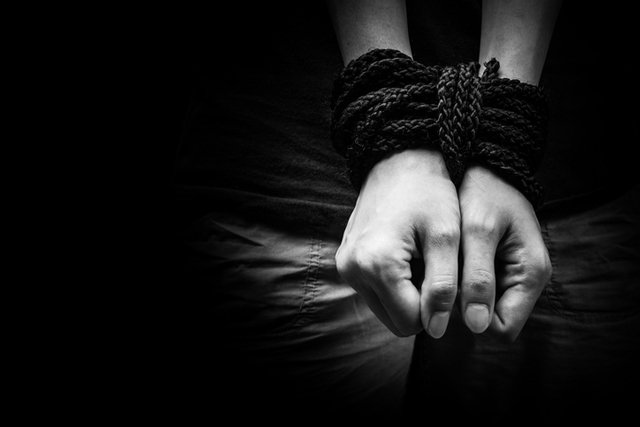 human-trafficking-bound-hands_ThinkstockPhotos-467245670.jpg