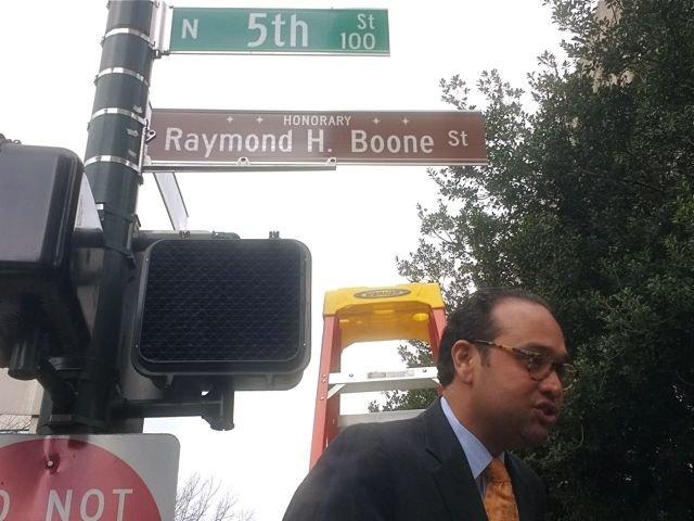 Boone_sign2.jpg