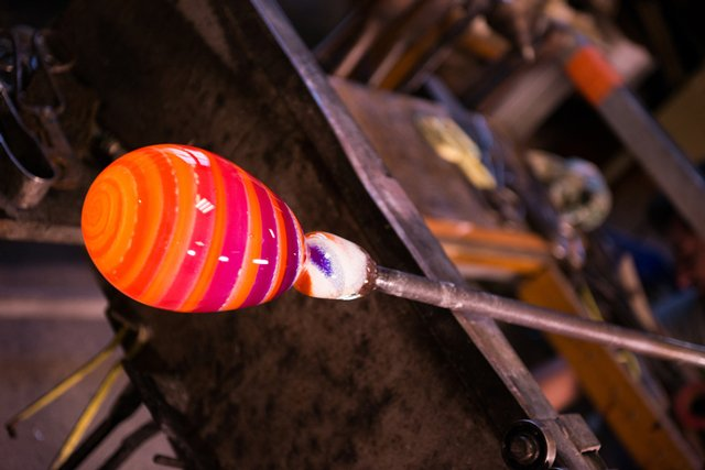 glass-blowing_ThinkstockPhotos-516445684.jpg