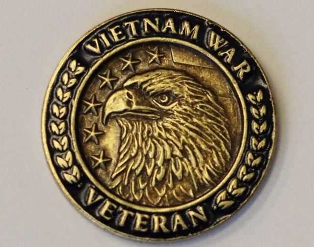 Vietnam Veteran Lapel Pin, White House Gift Shop Gift Box