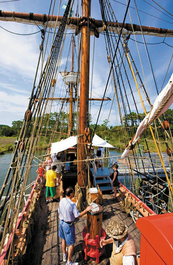 Living_travel_manteo_roanokeislandfestivalpark_Looking-down-at-the-ship--Ray-Matthews_rp0418.jpg