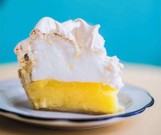 dine_around_the_clock_Lemon_Meringue_Pie_Proper_Pie_1013_JUSTIN_CHESNEY_dp0418_cropped.jpg