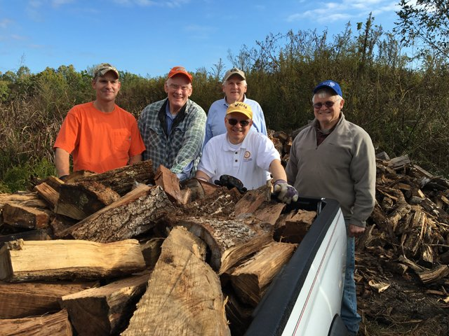 GoWest_Volunteers_GOOCHLAND_ROTARY_CLUB_rp0518.jpg