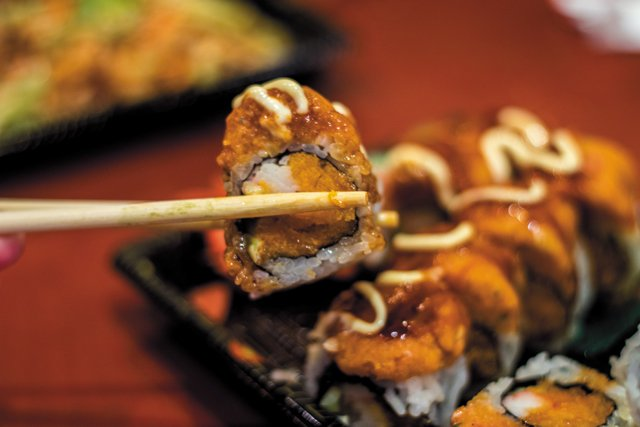 Feature_Takeout_TokyoSushi_JustinVaughan_rp0518.jpg