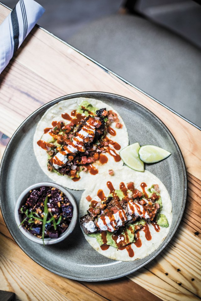 Dining_Review_Tazza_Tacos_JUSTINCHESNEY_rp0618.jpg