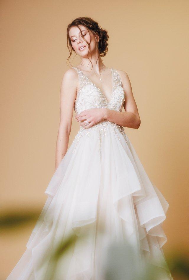 bride_fashion_03_134_ALEXIS_COURTNEY_bp0618.jpg