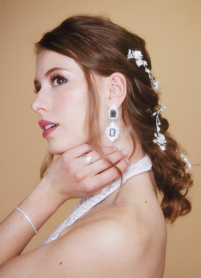 bride_fashion_05_222_ALEXIS_COURTNEY_bp0618.jpg
