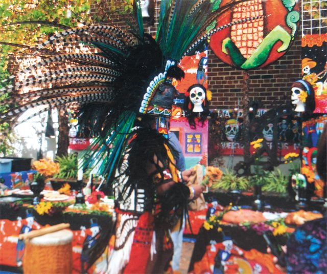 feature_MartinGonzales_DayOfTheDead_COURTESY_rp0618.jpg
