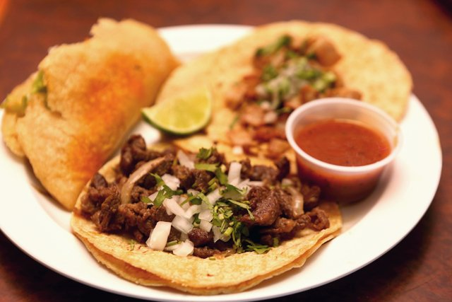 feature_MartinGonzales_Tacos_JAY_PAUL_rp0618.jpg