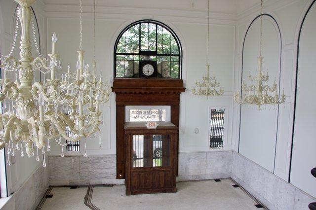 inside manastoh.jpg