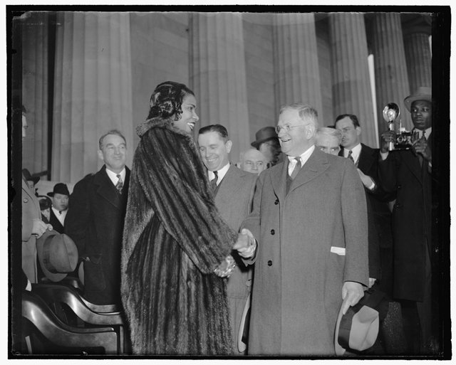local_flashback_Marian_Anderson_Harold_Ickes_HARRIS_EWING_COLLECTION_LOC_rp0718.jpg