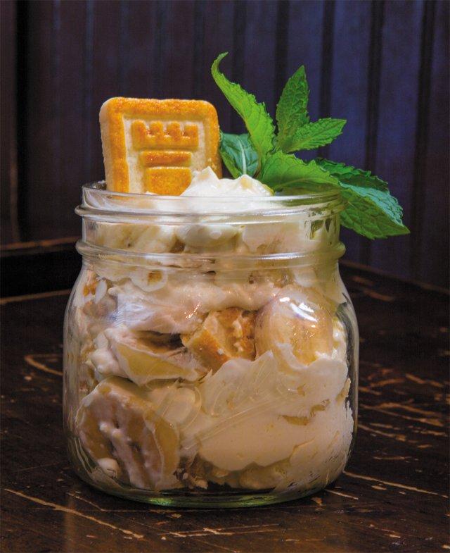 bbq_desserts_hogshead_cafe_banana_pudding_6N2A0553-copy_JAY_PAUL_rp0718.jpg