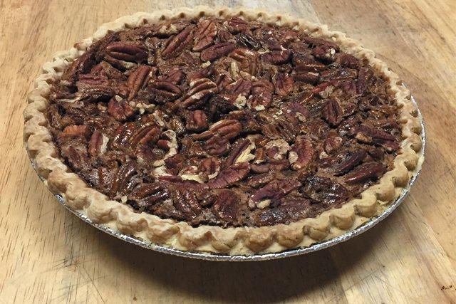 bbq_desserts_Alamo_Pecan_Pie_COURTESY_rp0718.jpg