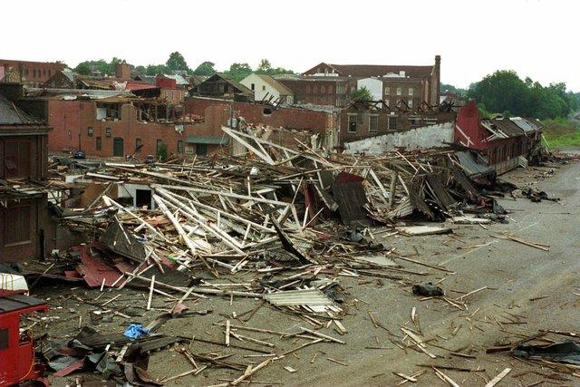 1993-Tornado.jpg
