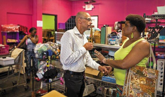 Rodney-Lofton_Darlene-Castro_At-Diversity-Thrift_JAYPAUL_rp0818.jpg