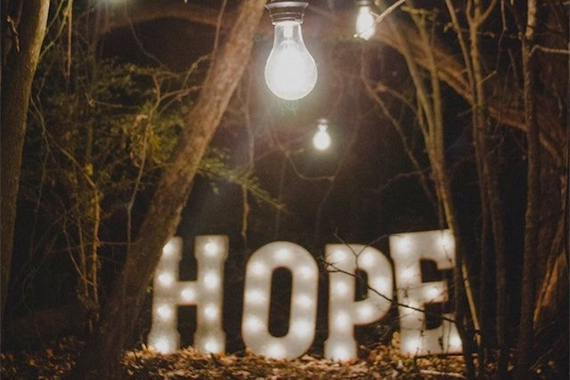 hope_ron-smith-unsplash_teaser.jpg