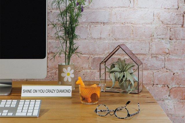 living_style_desk2_ADAMDUBRUELER_rp0818_teaser.jpg