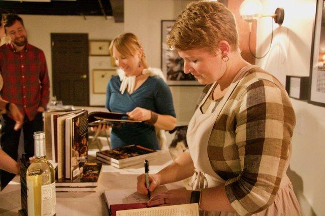 SigningBooksGoTFFF_EileenMellon copy.jpg