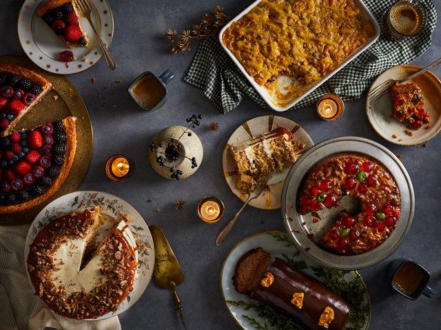 holiday-cakes_tyler-darden.jpg