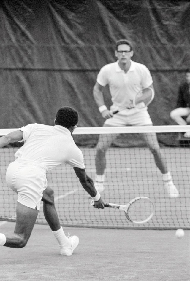Ashe_USOpen_AsheGraebnerForehandVolley_JOHNGZIMMERMANARCHIVE_rp1218.jpg